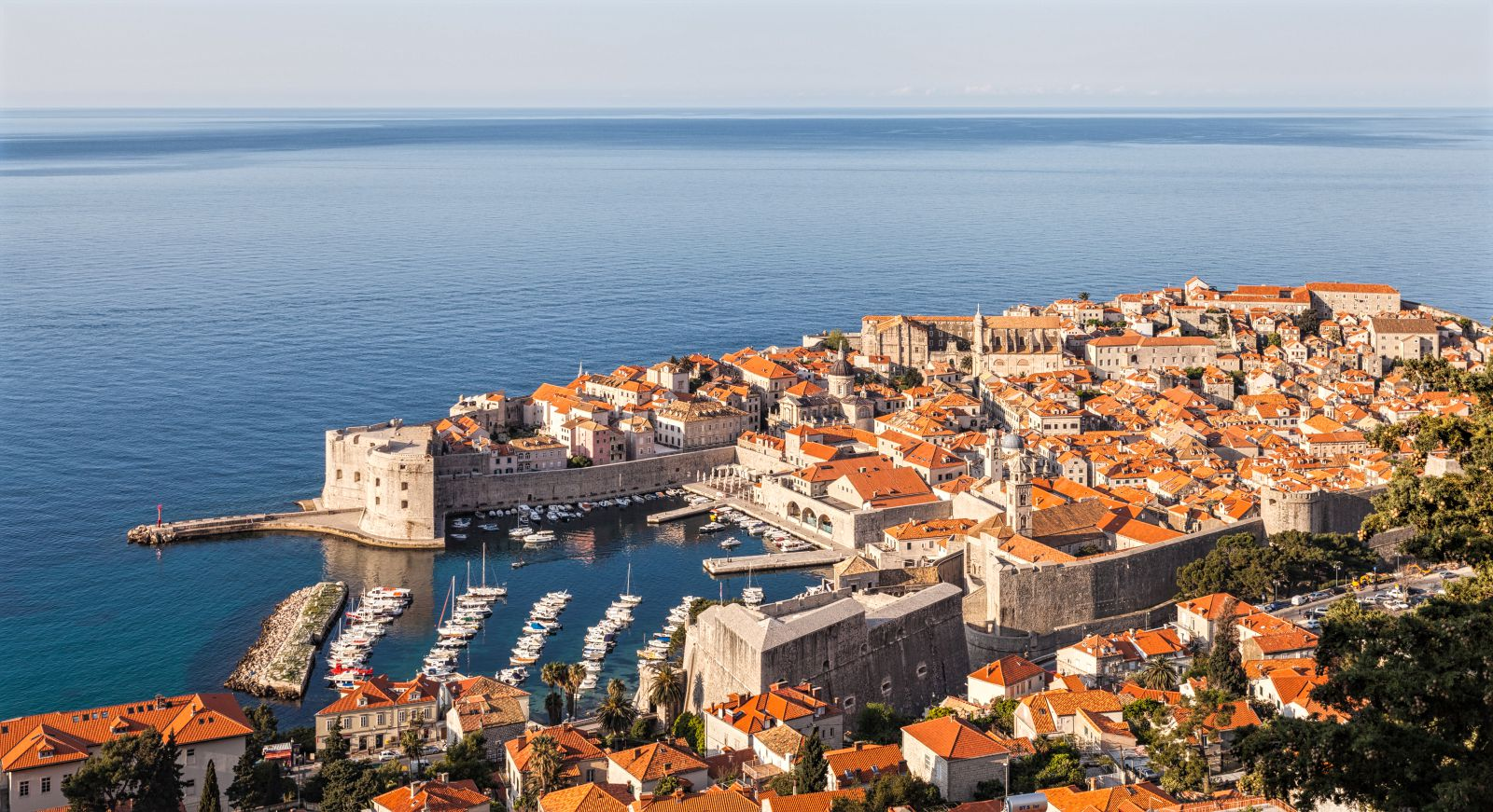 Discover dubrovnik old town guided walking tour -  385 98 28 36 37