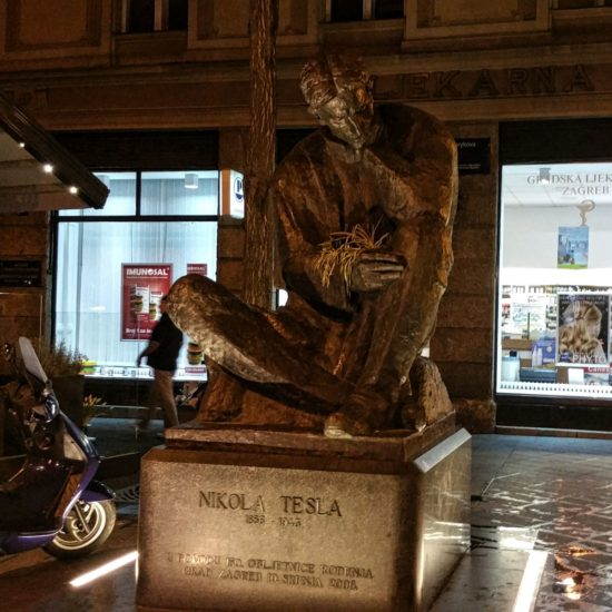 Zagreb-Nikola-Tesla-statue